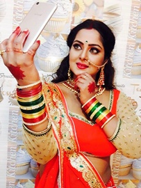 Anjana Singh Completes Shooting Of Promotional Song For Bhojpuri Film Wanted