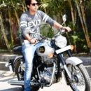 Actor Rajveer Singh Will Now Travel From Kashi To Kashmir